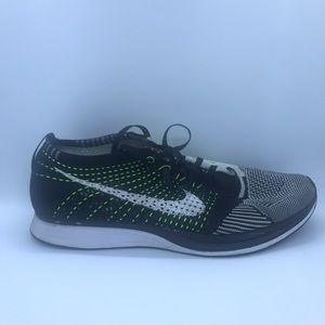 Nike Men's Flyknit raver black white neon